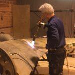Repair of a large propeller blade. Reparation av stort propellerblad.